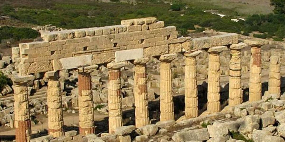 Arqueólogos encontram artigos gregos de 2.700 anos atrás