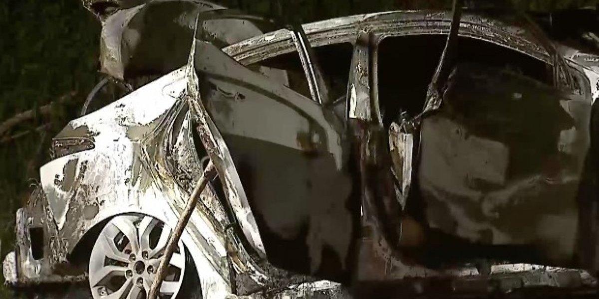 Encuentran cadáveres calcinados dentro de un carro en Caguas