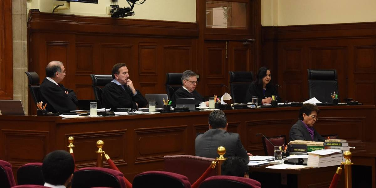 Destituye SCJN a tres alcaldes por desacato