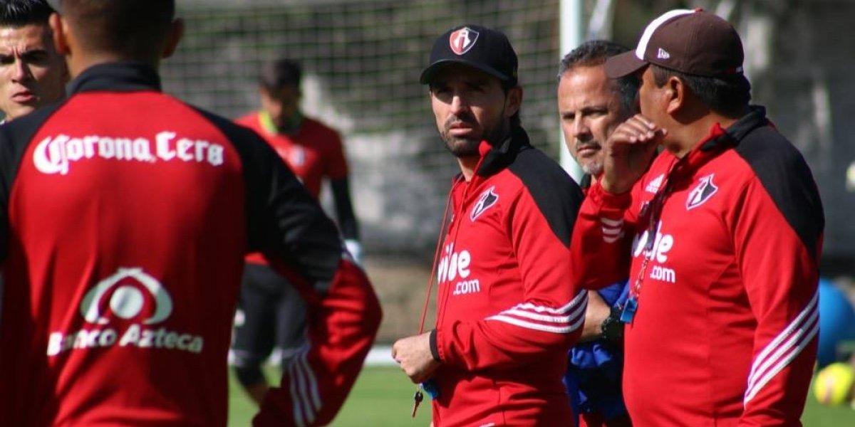 Espinoza dirige entrenamiento mientras Atlas busca técnico