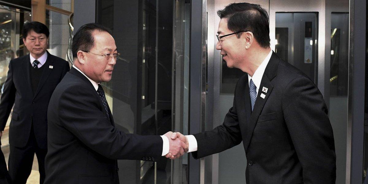 Ambas Coreas acuerdan formar primer equipo olímpico conjunto