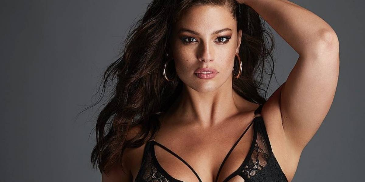 Ashley Graham enciende las redes con sexy baile en lencería