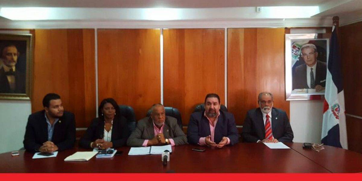 Vuelven a introducir Ley Electoral y de Partidos