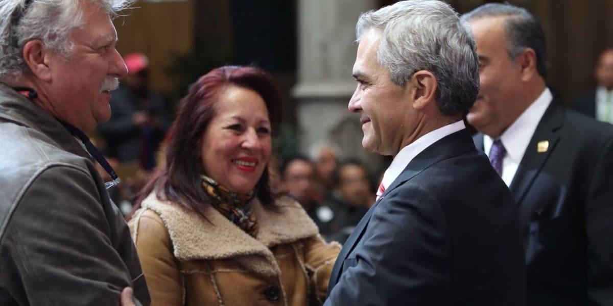Mancera entrega 176 créditos para la reparación de viviendas afectadas por el sismo