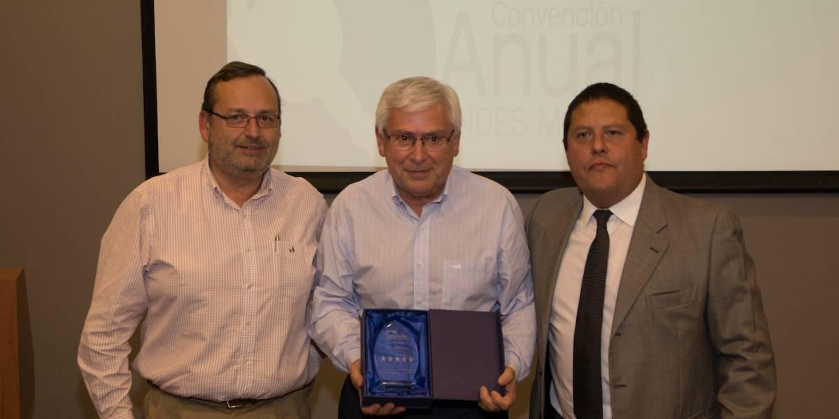 Andes Motor premia a Tecnosur por su buen trabajo