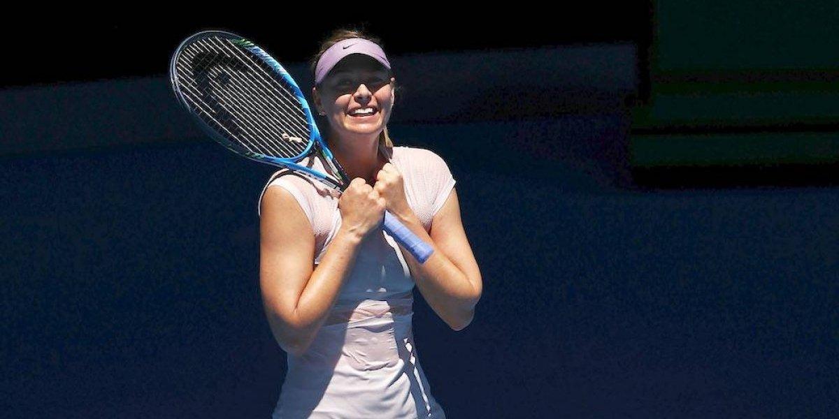 Maria Sharapova mantiene paso firme en el Abierto de Australia