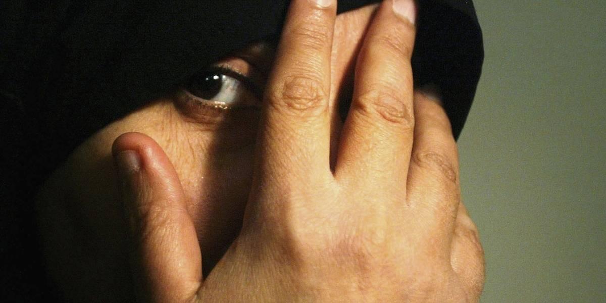 Revista feminina feita por terroristas ensina mulheres a serem boas esposas