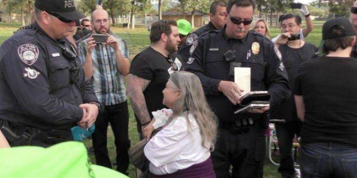 Voluntários são multados por dar comida a pessoas em situação de rua