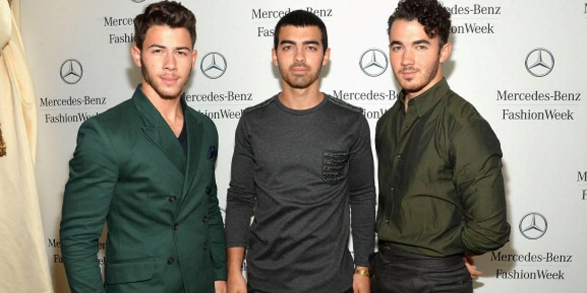 Jonas Brothers reativam conta do Instagram e atiçam boato de reunião