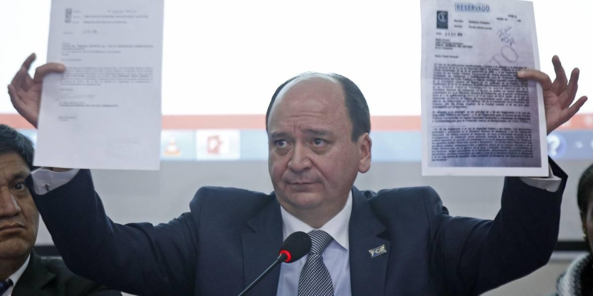 Fiscal Carlos Macheno dice que 'oscuros personajes' ordenaron investigarle por peculado