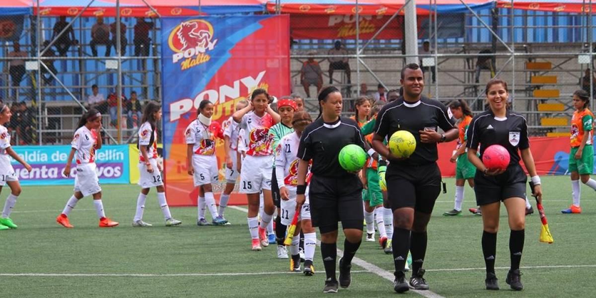 Hinchas del Medellín insultaron a juveniles del Deportivo Cali en el Pony Fútbol