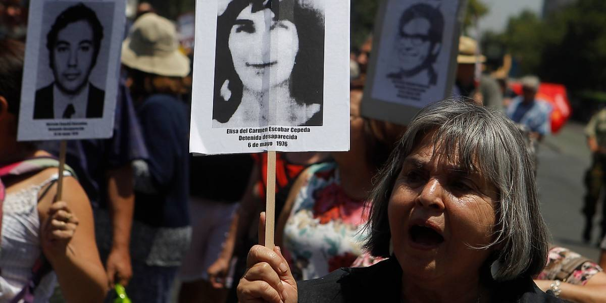 Presidenta ingresa proyecto para eliminar indulto particular en casos de DD.HH