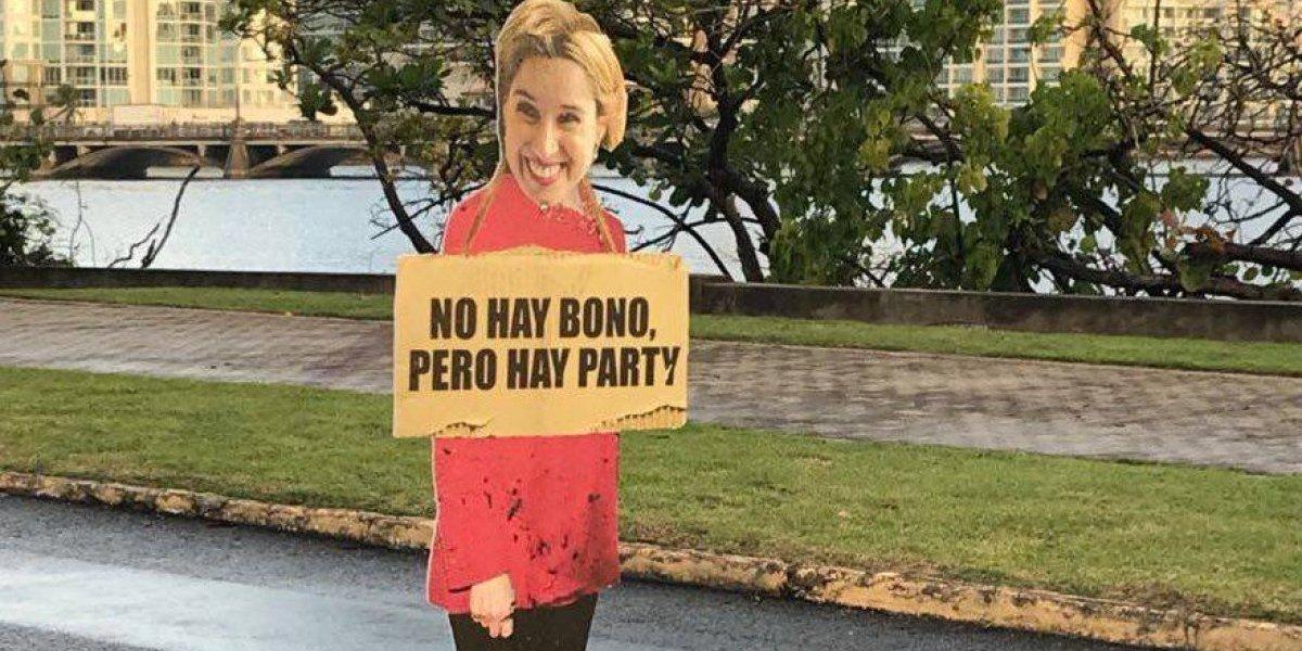 Figuras de Carmen Yulín Cruz aparecen por todo San Juan