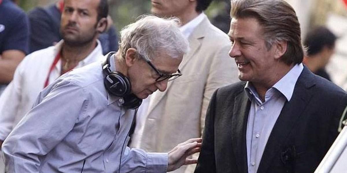 Alec Baldwin defende Woody Allen enquanto Hollywood se distancia dele