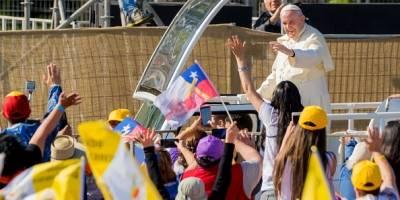 "Experto califica de ""controvertida"" la visita del Papa Francisco a Chile"