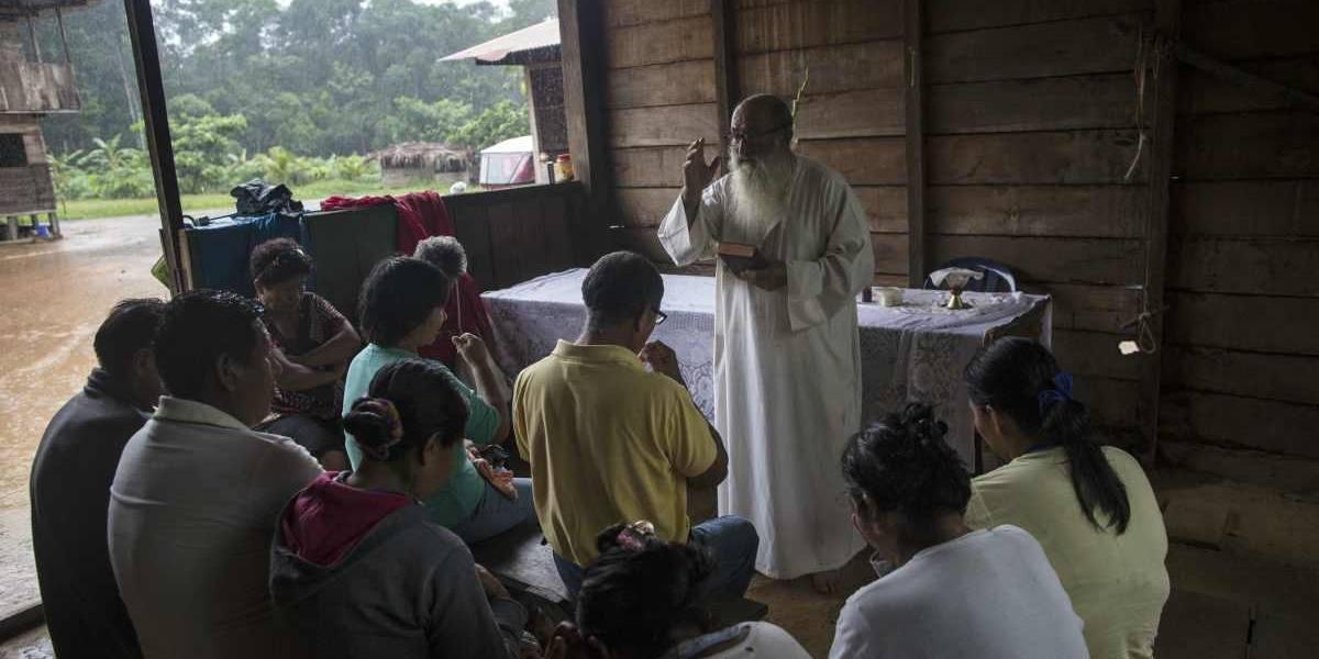 En Amazonía un 'Pescador de almas perdidas' espera al papa