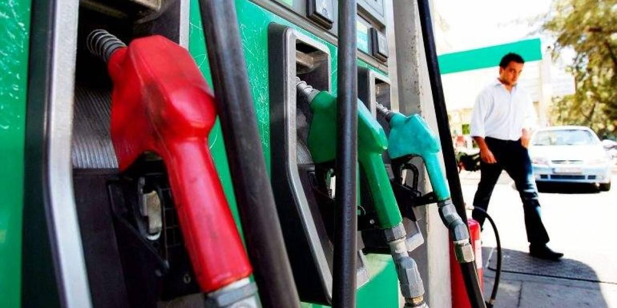 Ministerio de Energía no descarta aumentos en el precio del combustible