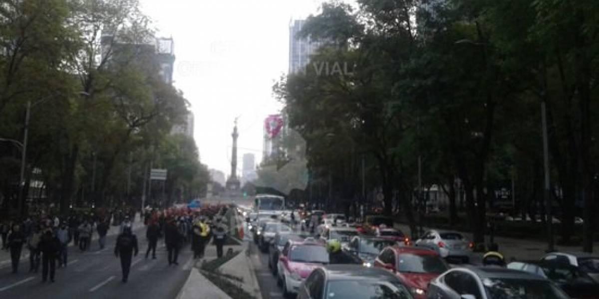 Manifestantes provocan caos vial en Paseo de la Reforma
