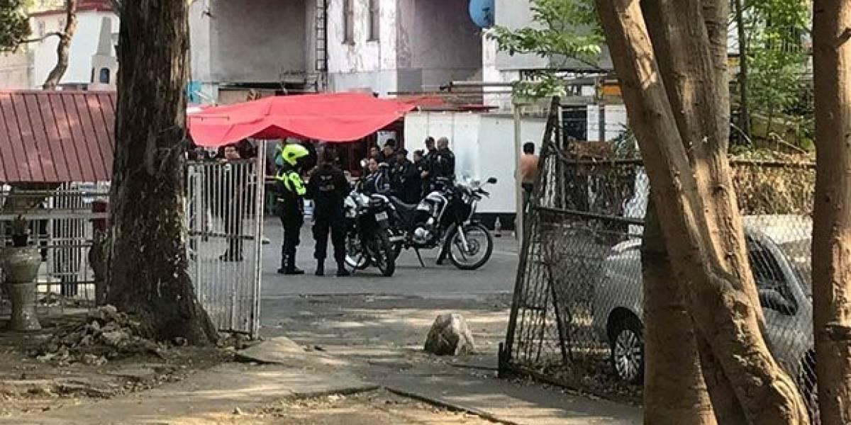 Balacera en tianguis de Tlalnepantla deja dos mujeres muertas