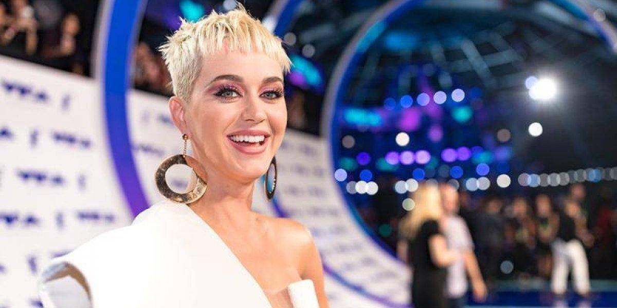 Katy Perry finalmente esclarece os boatos de suas cirurgias plásticas
