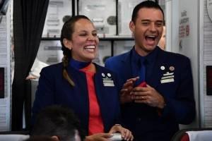Paula Podest Ruiz y Carlos Ciuffardi Elorriaga, pareja casa por el papa Francisco en avión en Chile