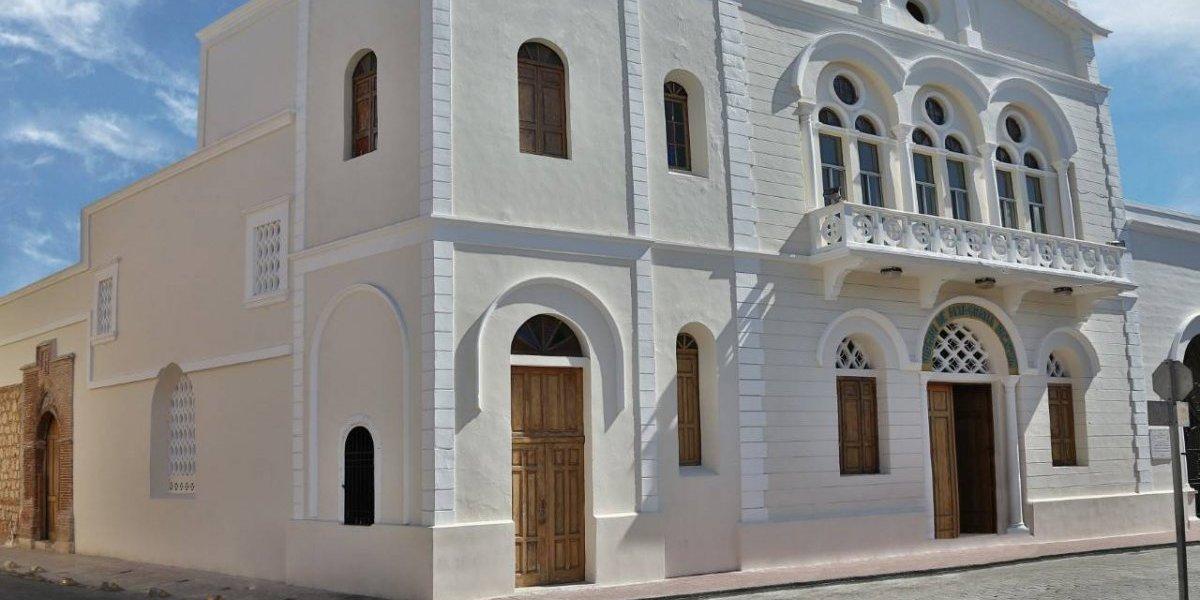 Iglesia lista para el Día de la Altagracia