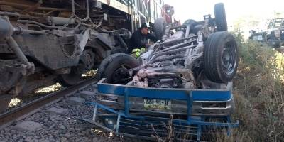 En menos de 24 horas, cuatro graves choques del tren contra camionetas