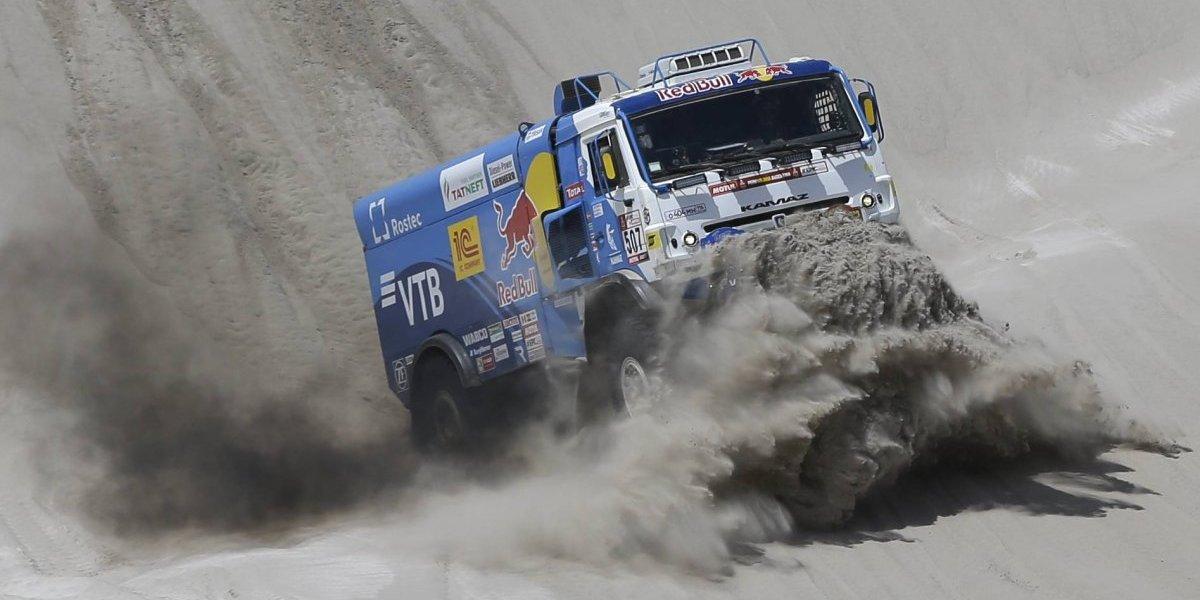 Dakar: La emocionante competencia de camiones terminó con polémica