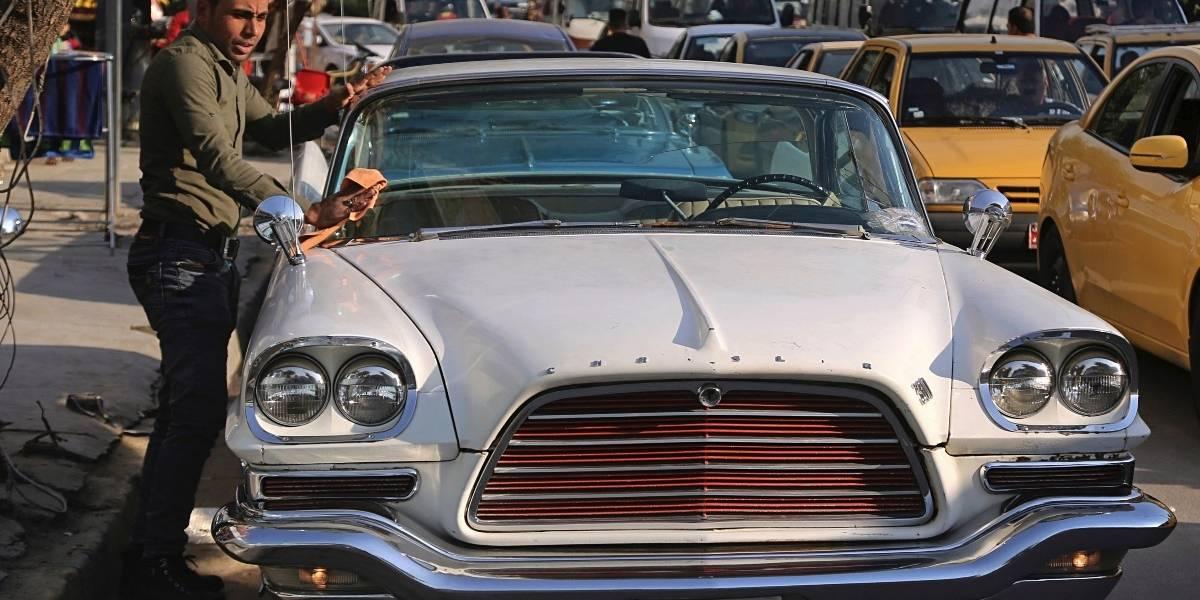 Autos viejos recuerdan los buenos tiempos en Irak