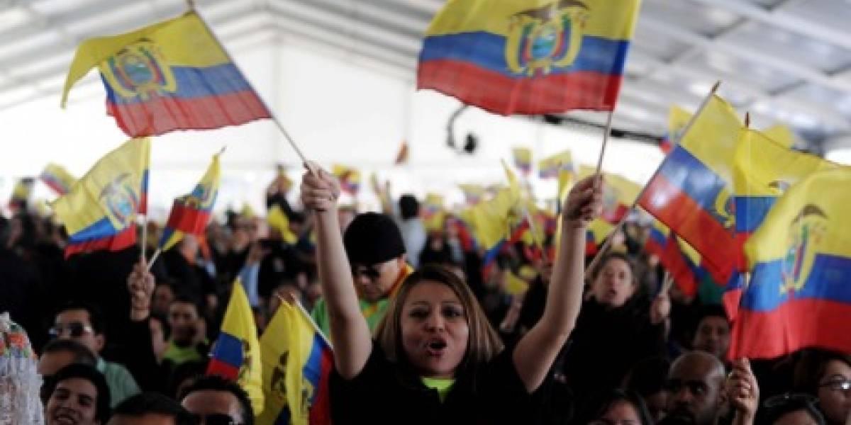 Ecuador refuerza asistencia a emigrantes en EE.UU. para renovar el DACA