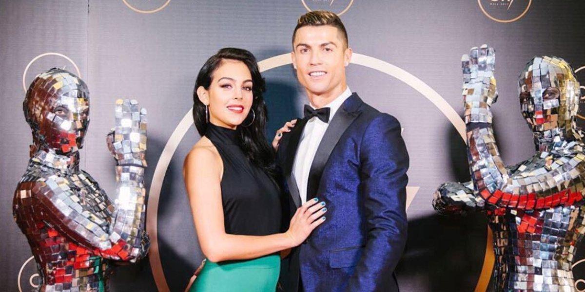 Cristiano Ronaldo y Georgina Rodríguez roban suspiros con su foto en la playa