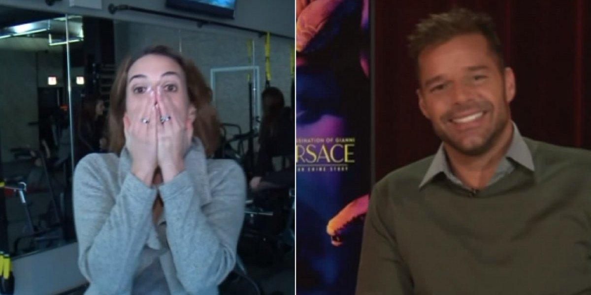 Sem saber que estava ao vivo, jornalista surta após entrevistar Ricky Martin; veja