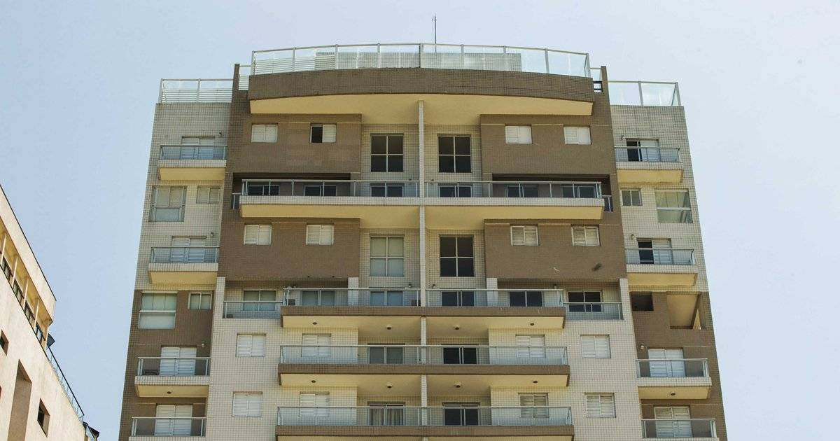 O tríplex do Guarujá