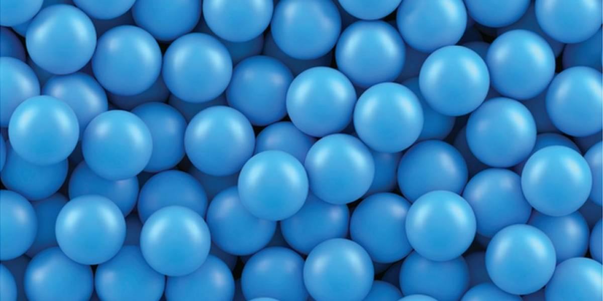 Treine seu cérebro: descubra o número de bolas azuis na caixa