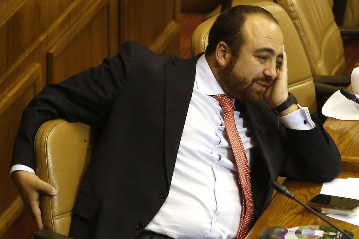 Diputado Fuad Chahín quedó con cuatro vértebras quebradas tras accidente de tránsito | Publimetro Chile