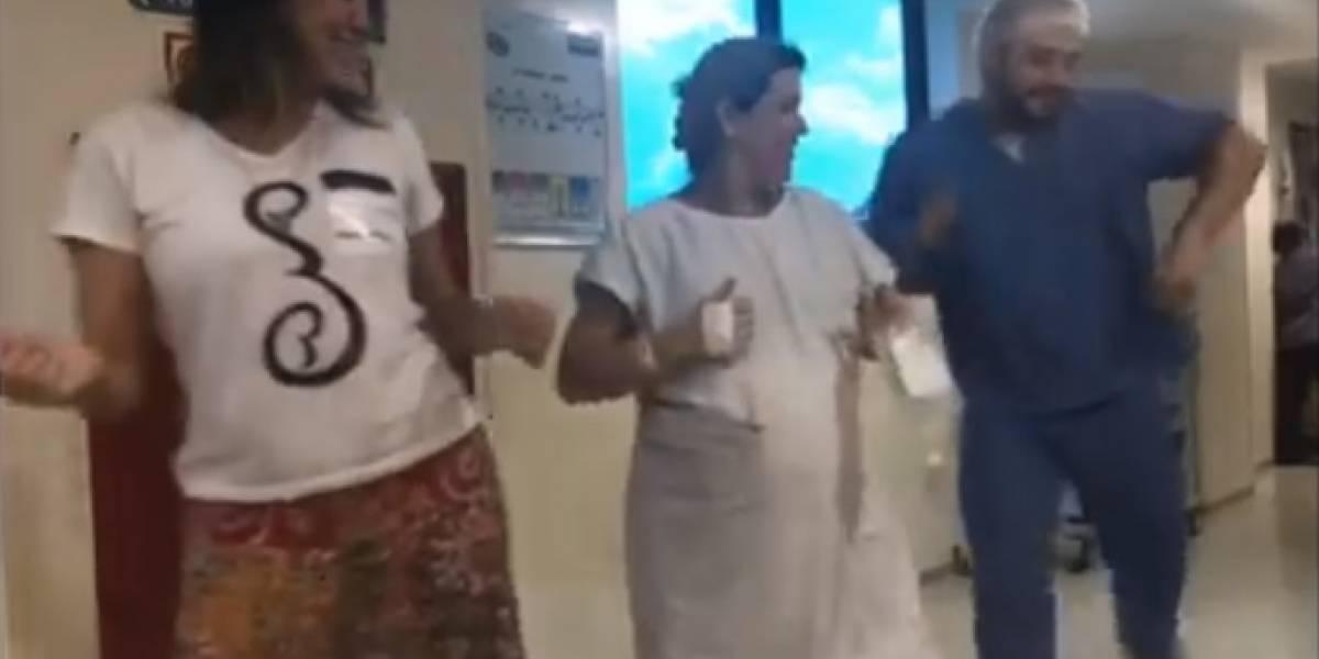 Video: médico baila con embarazadas para agilizar el trabajo de parto