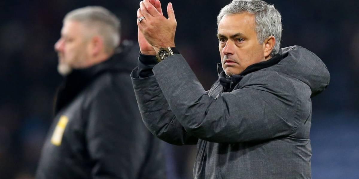 """Mourinho ya imagina su United con Alexis: """"Está cerca, yo creo que llega"""""""