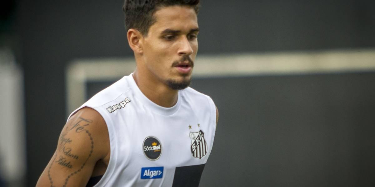 Com lesão na coxa, Lucas Veríssimo desfalca Santos contra o Bragantino