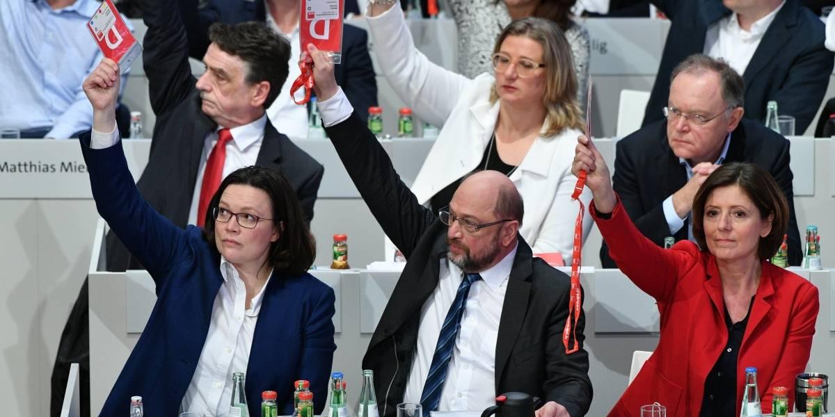 Partido Socialdemócrata iniciará negociaciones con gobierno de Merkel