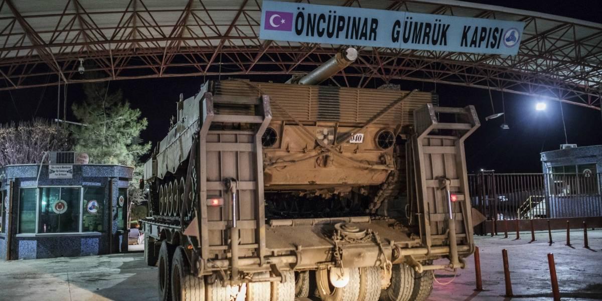 Tropas turcas atacan enclave kurdo en el norte de Siria