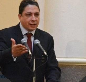 Héctor Arce, ministro de Justicia de Bolivia
