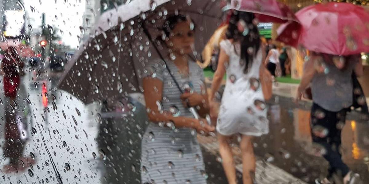 Início da semana em São Paulo será de muito calor e pancadas de chuva no fim da tarde