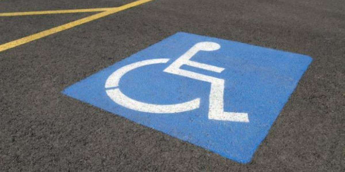 USD 375 es la multa por ocupar parqueos para personas con discapacidad en Guayaquil