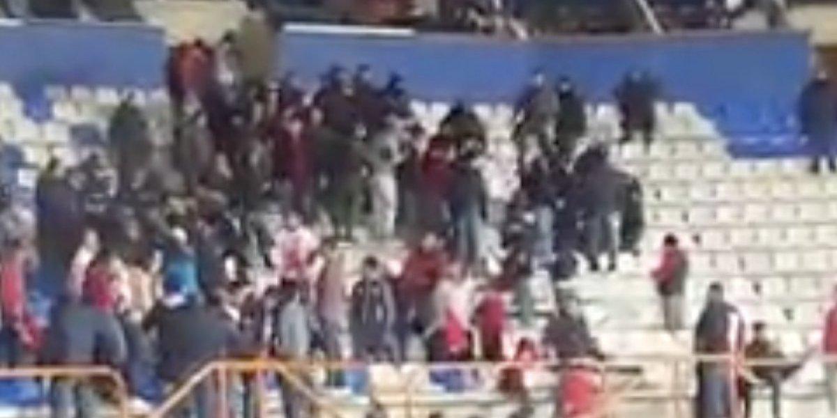 VIDEO: Aficionados de Lobos son retirados por la policía