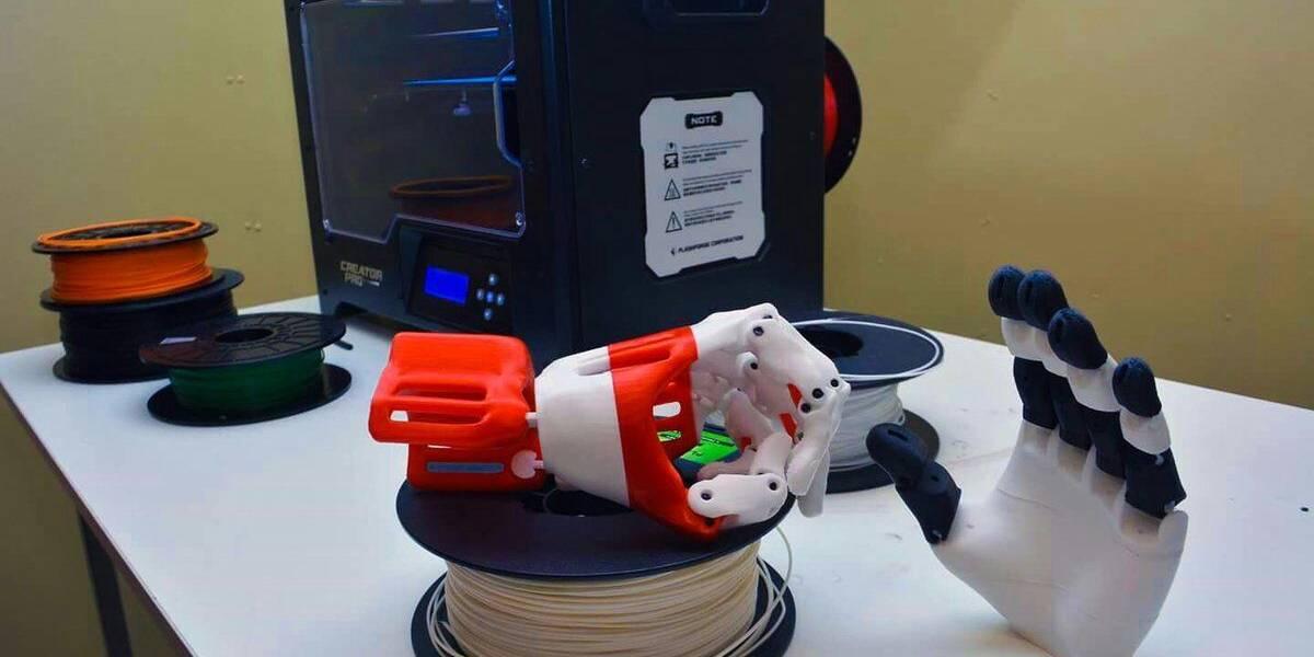 Crean taller de impresión 3D para jóvenes del Sename en Valdivia