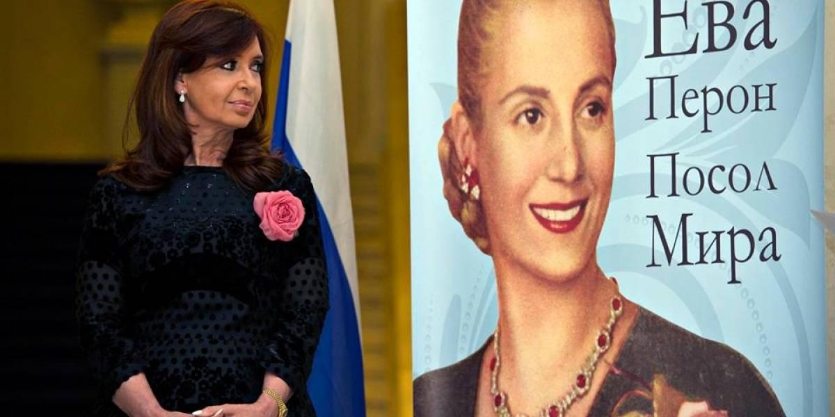 La presidenta argentina Cristina Fernández se reunió con Edward Snowden en Rusia