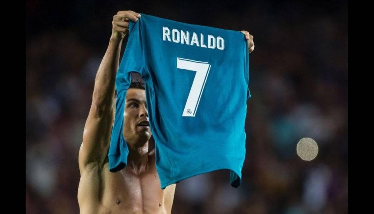 Ronaldo y su festejo en el Camp Nou.