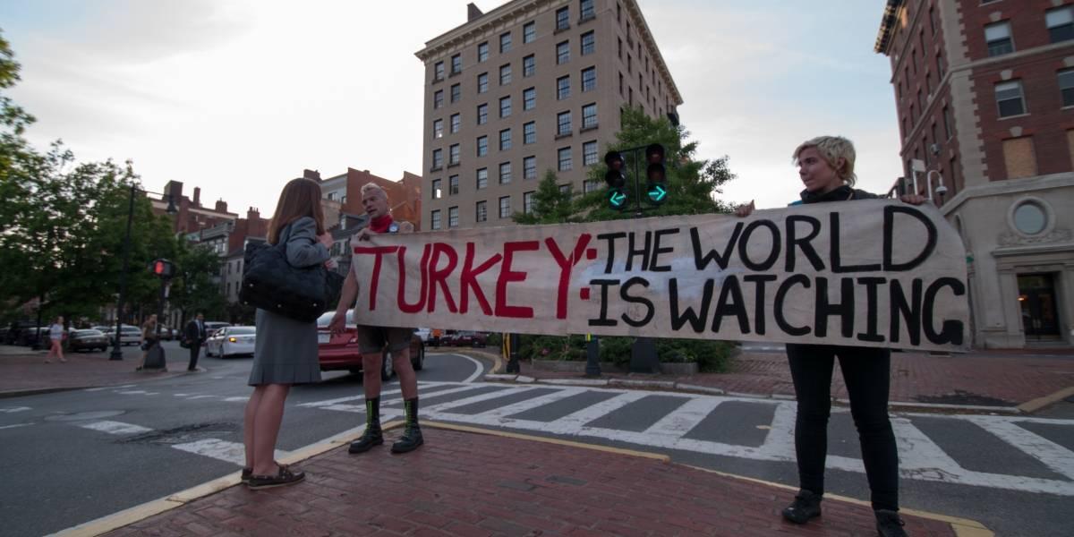 29 personas serán enjuiciadas en Turquía por usar Twitter