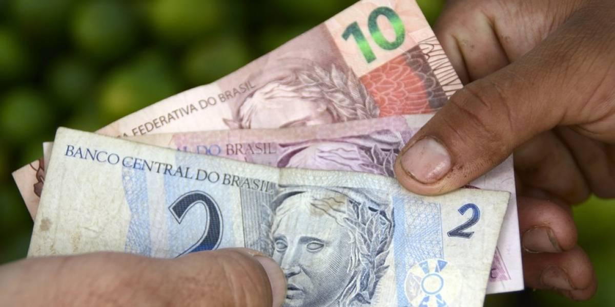 """FMI melhora previsão para o Brasil, mas aponta chance de """"nova agenda política"""" com eleições"""