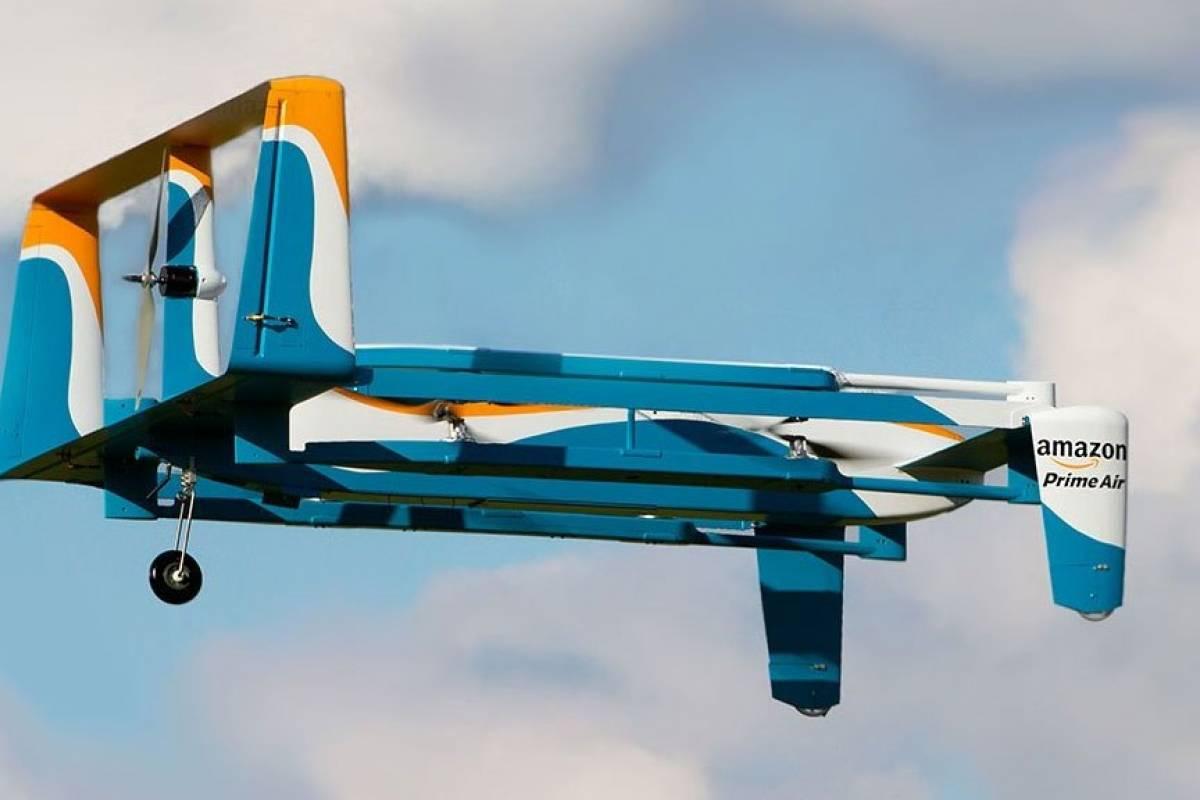 Amazon podría entregarnos nuestros paquetes por medio de paracaídas